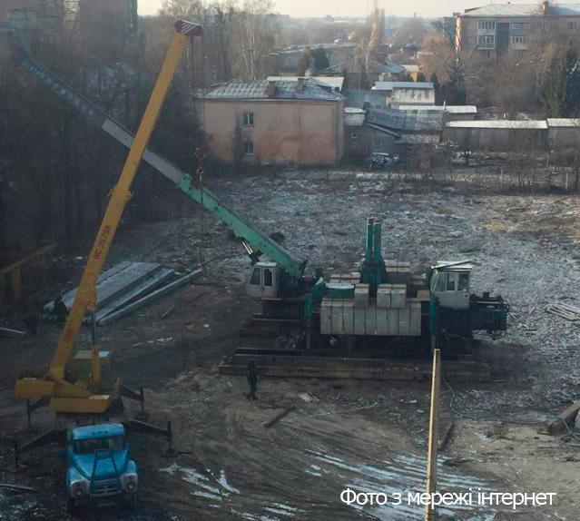 Депутати облради обіцяли підтримати музей в протистоянні зі забудовником