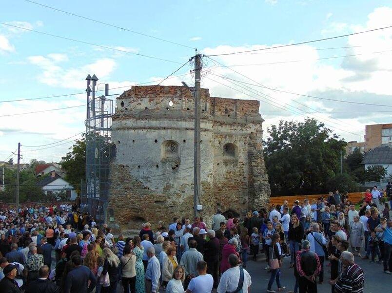 Татарська вежа в Острозі відзначила новий день народження