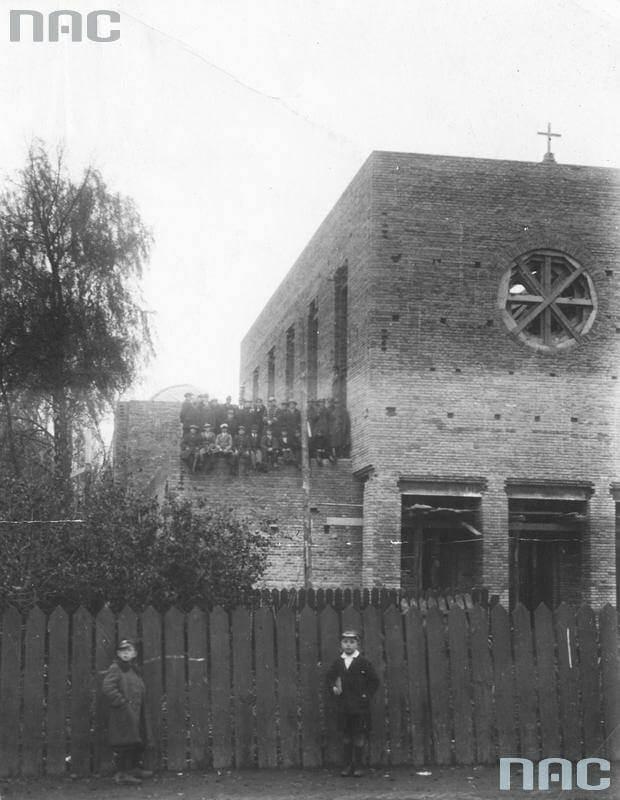 Будівництво костелу