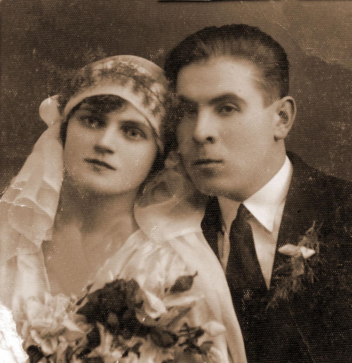 Рівненські наречені з минулого