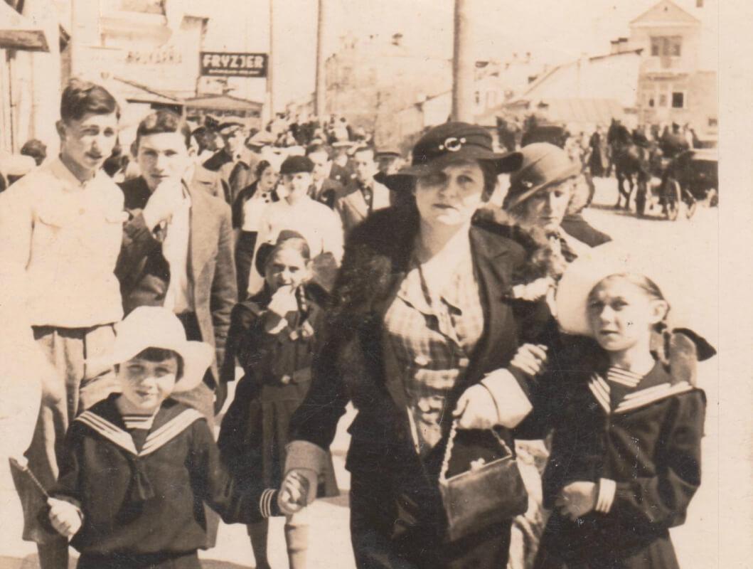 Дві сестри з вулиці Військової — дві долі в історії Рівного